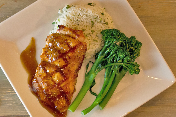 Sesame Orange-Glazed Salmon